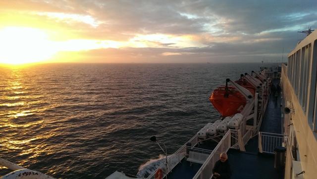 Sunset vanaf de ferry naar Newcastle