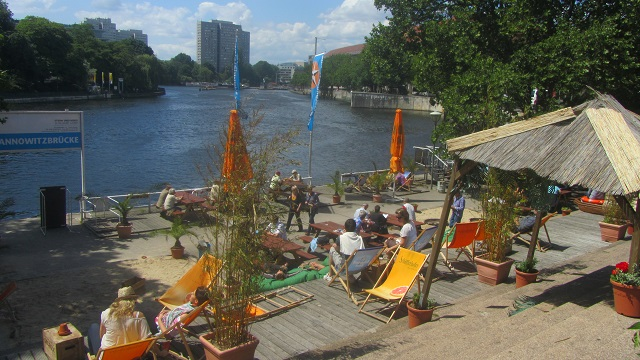 Bar Am Spree (© Enjoy-berlin.nl)