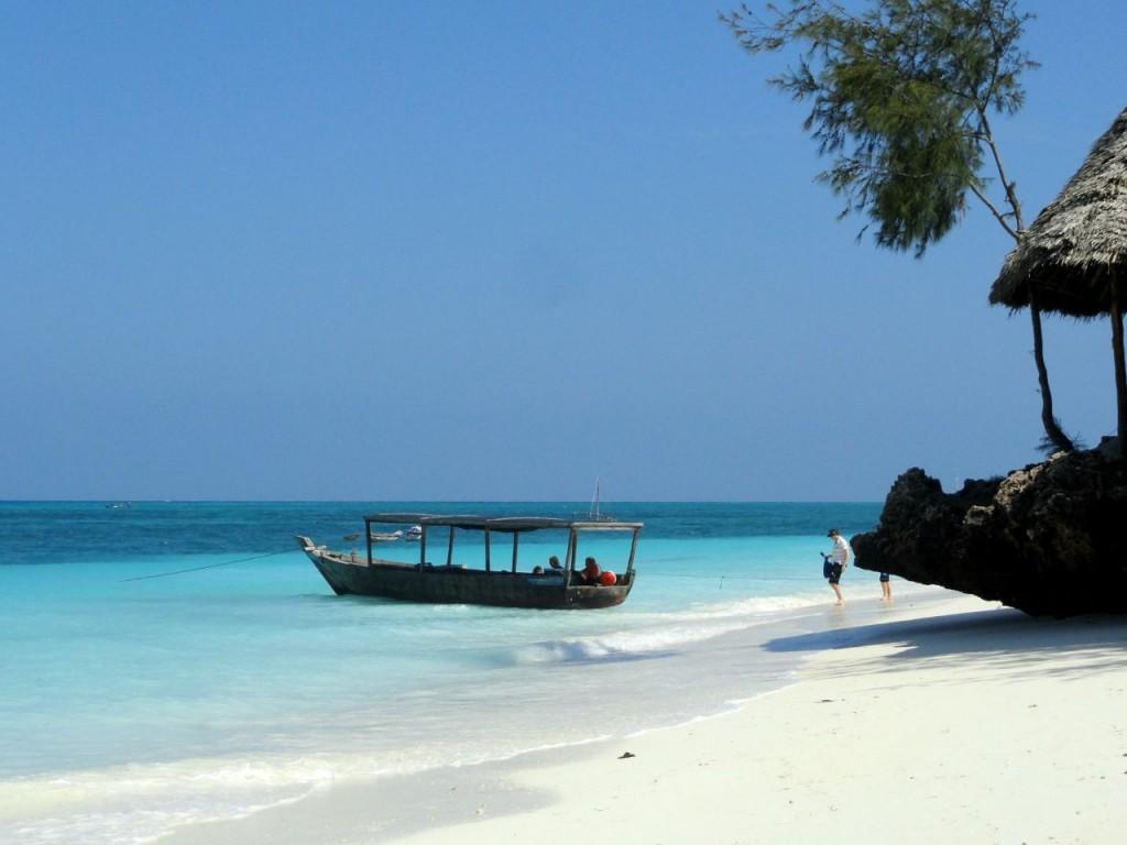 5-tanzania-reis-zanzibar-lokale-boot-