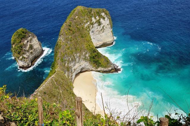 Kelingking_Beach_Bali