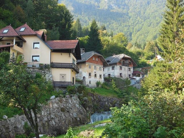 Het idyllische Kropa in Slovenië