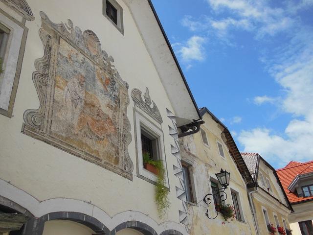 Radovljica: wandelen door sfeervolle straatjes met oude huizen