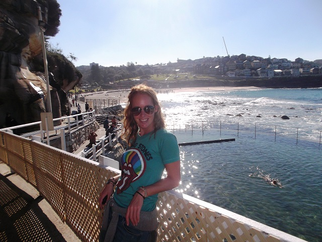 Naast zwemmen en surfen kun je fantastisch wandelen bij Bondi Beach