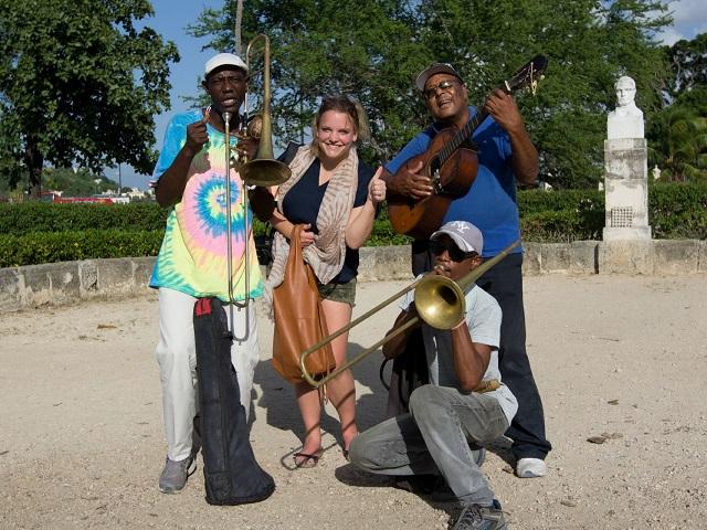 Cuba: pleintjes met muziek in Havana