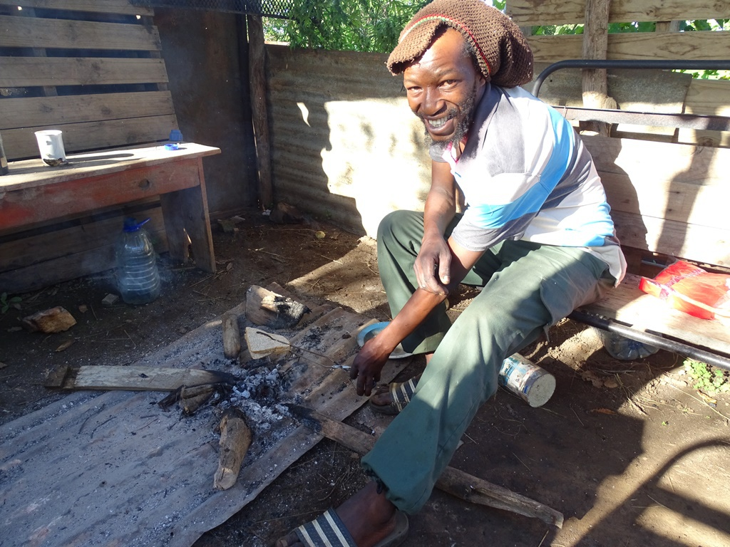 Homestay Swaziland Bobo Rastafari muts