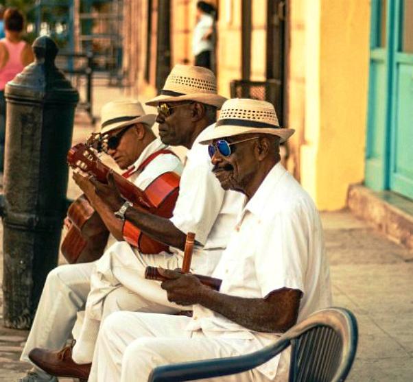 Cuba rondreis-muziek-lokaal