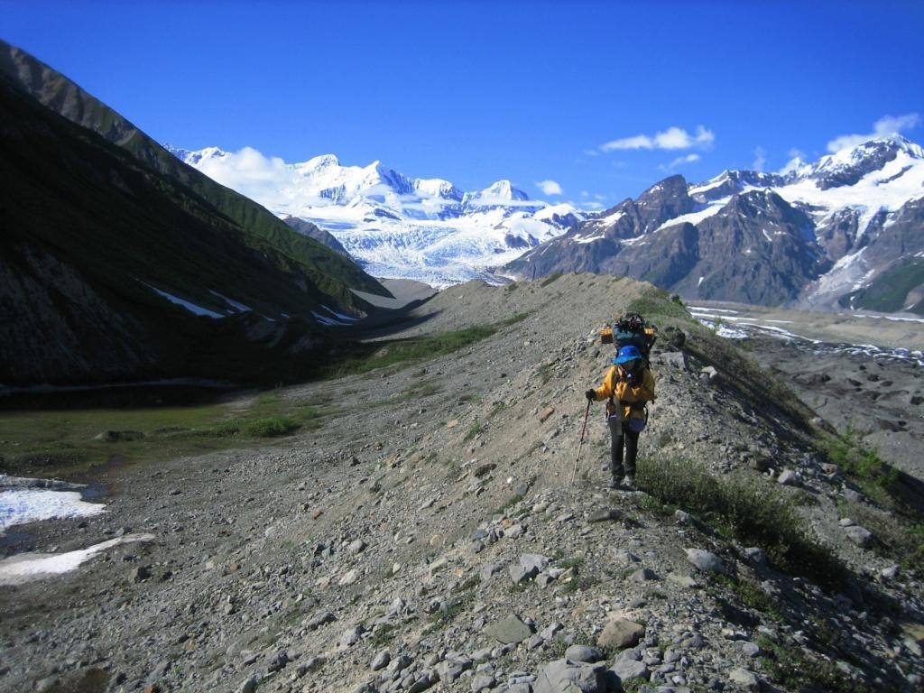 Hiken over de morenen van Wrangell St. Elias National Park (Alaska vakantie tip!)